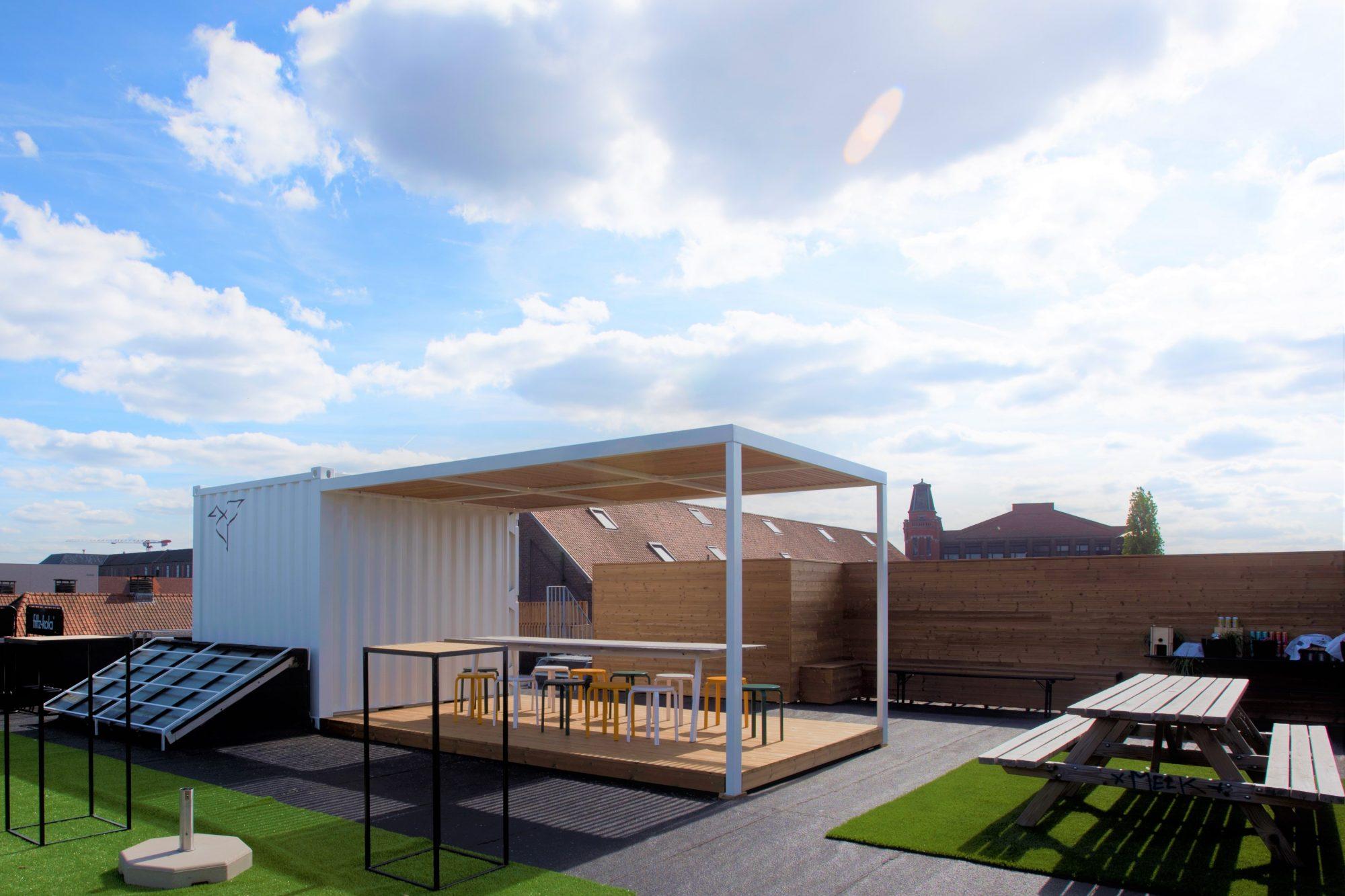 thermowood, dakterras, zonnescherm, strak, modern